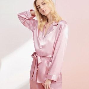 19 Momme Sexy Stylish Silk Pajamas Set