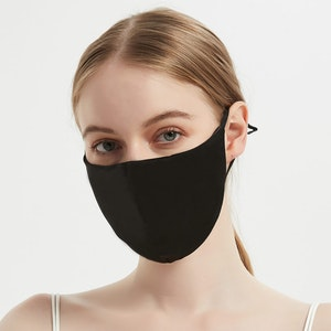 100% Silk Face Mask With Nose Wire & Filter Pocket