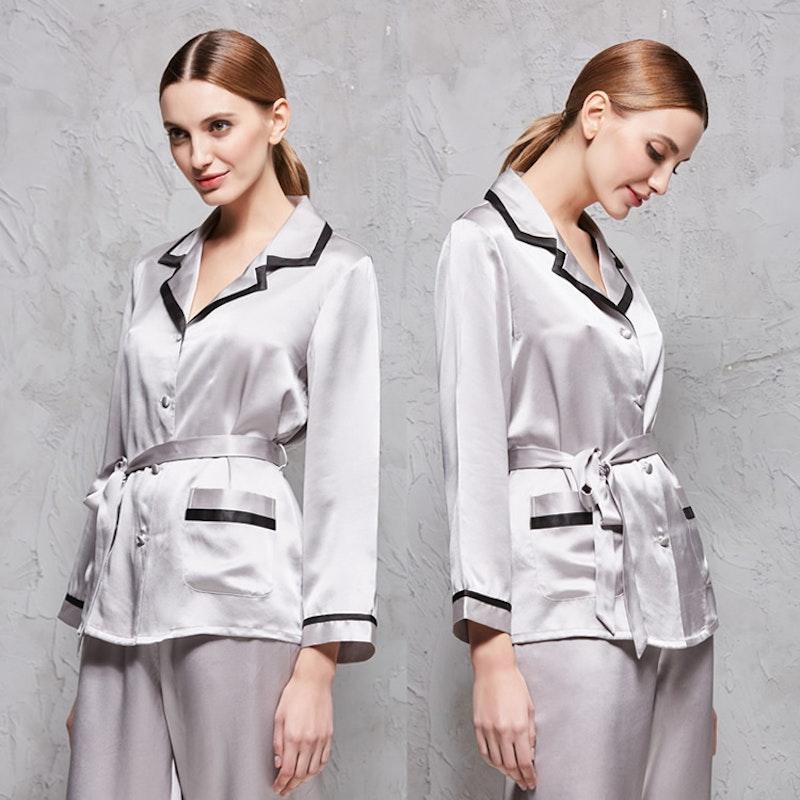19 Momme Elegant V Neck Silk Pajamas Set