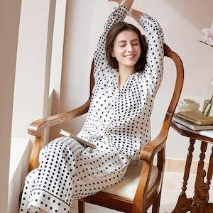 Women Uneven Spaced Polka Dot Silk Pajamas