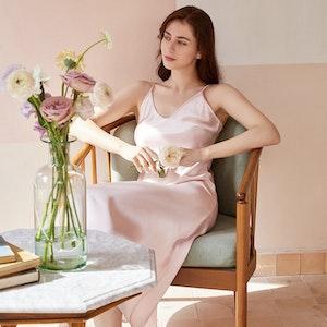 Women Elegant Silk Nightgown Slim Fitting